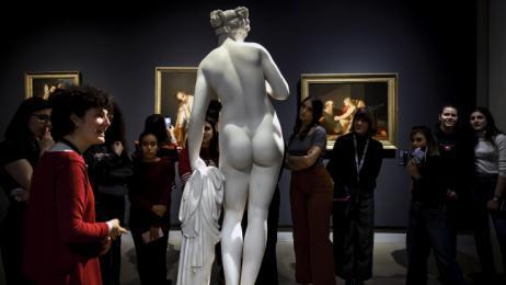 Read more about the article Scolpite, mostra fotografica sul tema della statuaria femminile